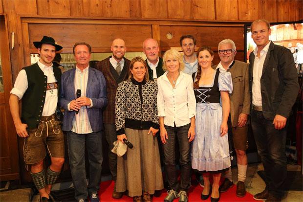 © facebook Skiclub Garmisch e.V. / Felix Neureuther, Gerd Rubebauer, Marco Buechel, Evi Ott, Peter Fischer, Maria Epple-Beck, Fritz Dopfer, Elisabeth Görgl, Andreas Wenzel und Michi Walchhofer