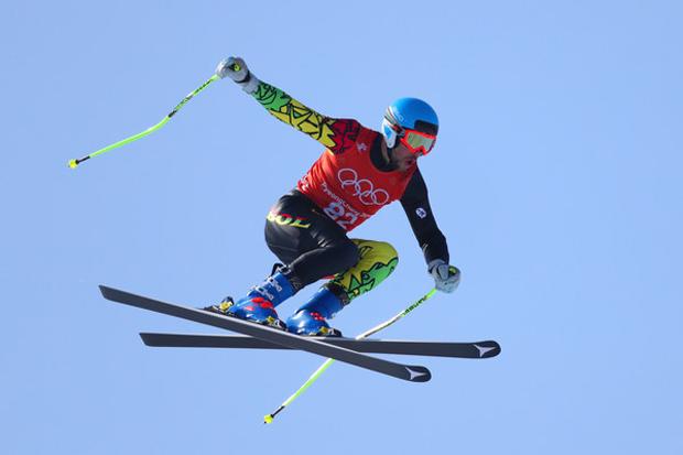 """Simon Breitfuss Kammerlander im Skiweltcup.TV-Interview: """"Mich als Ski-Exoten zu bezeichnen, ist keine Beleidigung!"""" (© Simon Breitfuss Kammerlander)"""