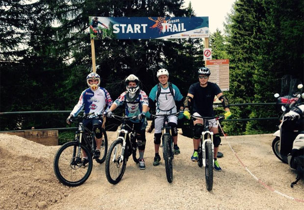 "© ""CarezzaTrail"": Zu Gast am Trail 4 Jungs von der italienischen Ski Nationalmannschaft! Luca De Aliprandini Mattia Casse Florian Eisath Ricardo Tonetti"
