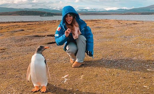 Nicol Delago und Co. haben Pinguine ins Herz geschlossen (Foto © Nicol Delago / Instagram)