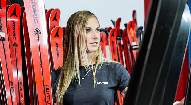 "Skiweltcup.TV kurz nachgefragt: Heute mit Jessica ""Jessi"" Hilzinger  (Foto: © Atomic/Mirja Geh)"