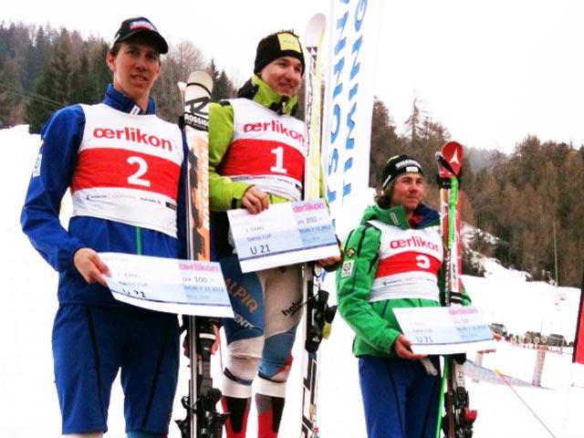 © swiss-ski.ch  /  Die Gewinner U21: Cedric Noger fährt vor Ramon Zenhäusern und Sandro Jenal aufs Podest.