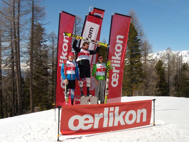 © swiss-ski.ch / Podium Slalom Visperterminen, Kat. U21. V.l.n.r.: Thierry Sinnesberger, Anthony Bonvin, Dylan Gabioud.