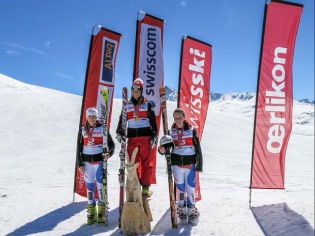 © swiss-ski.ch / Das Podest Super-G Schweizermeisterschaft U21. V.l.n.r.: Nathalie Gröbli, Jasmina Suter, Rahel Kopp