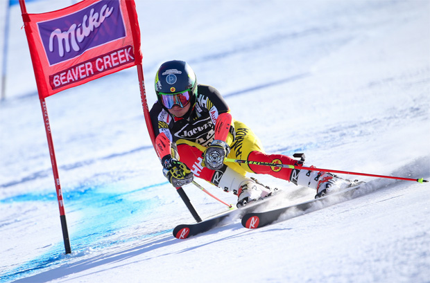 © Kraft Foods / Kanadier Trevor Philp feiert Sieg beim 2. Nor-Am Cup Riesenslalom in Copper Mountain