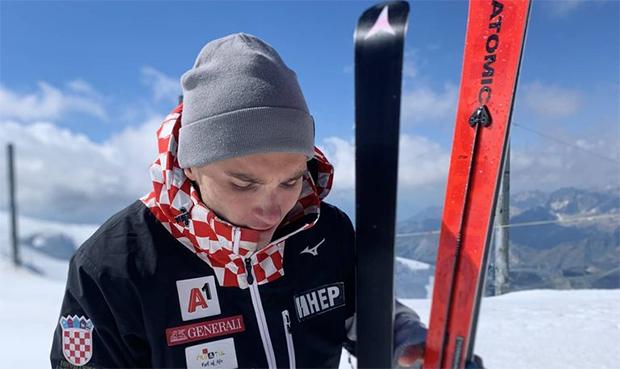 Knie-Verletzung zwingt Istok Rodes zu einer Pause von drei Wochen (Foto: © Istok Rodes / Facebook)