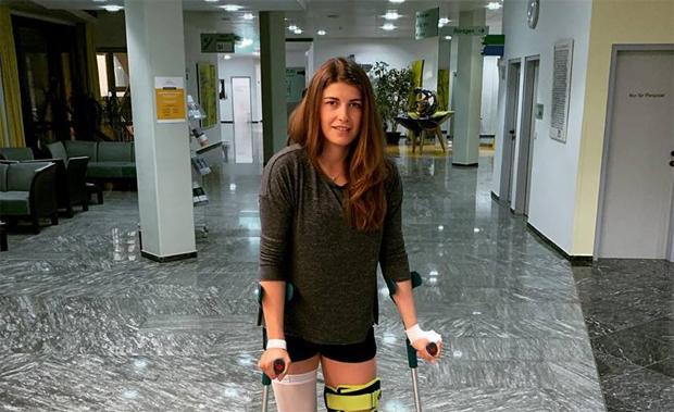 Christina Ager riss sich das Kreuzband des rechten Knies (Foto: Christina Ager / Facebook)