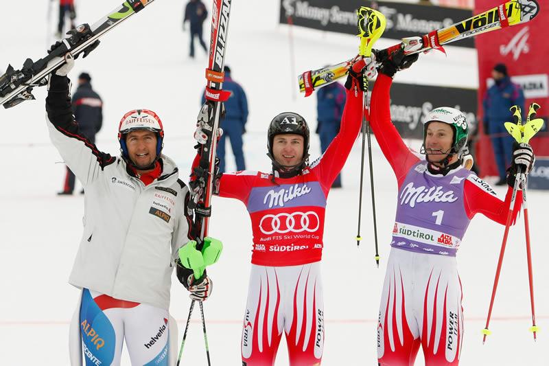 © PHOTOPRESS / Jean-Christophe Bott - Das Siegerbild beim Slalom in Alta Badia am 21.12.2009