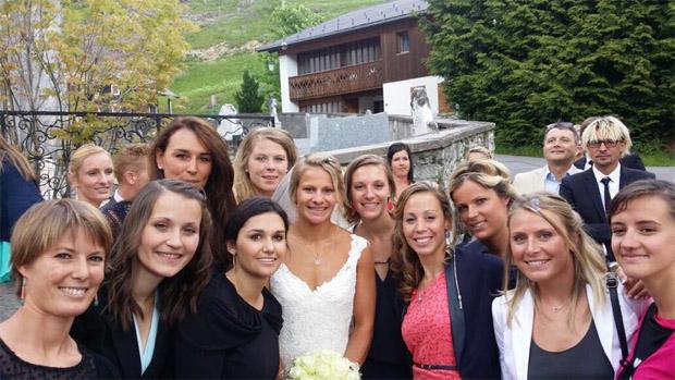 """© Taïna Barioz Facebook / Gruppenbild Adeline """"Boulie"""" Baud und ihre Ski-Freundinnen"""