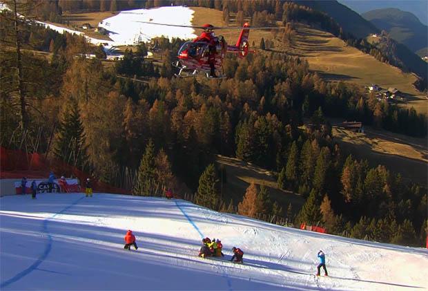 Matthias Mayer musste mit dem Helicopter auf der Saslong geborgen werden