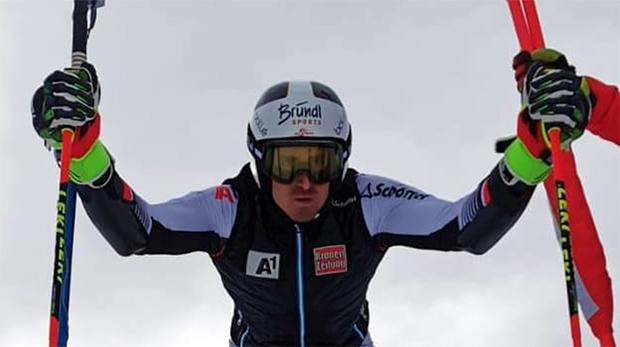 Stefan Brennsteiner freut sich über den Europacup Riesenslalom-Sieg in Kirchberg in Tirol (Foto: © Stefan Brennsteiner / Facebook)
