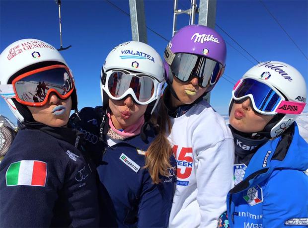 Die Stimmung im italienischen Damenteam stimmt (Foto: Federica Brignone / Facebook)