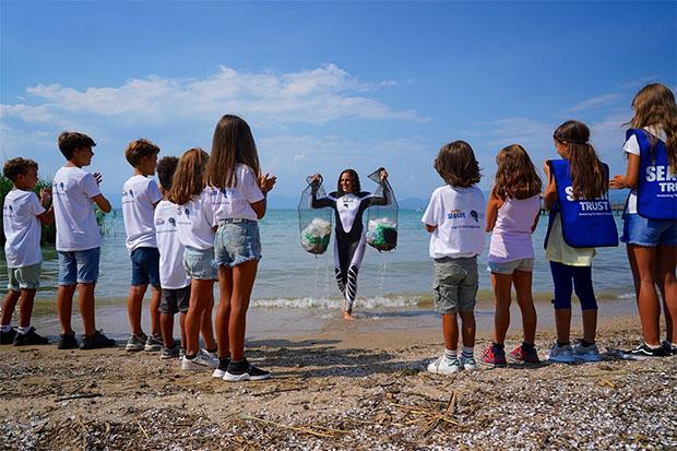 Federica Brignone setzt sich für eine saubere Umwelt ein (© Federica Brignone / Facebook)