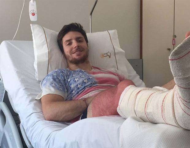Chirurgischer Eingriff für Mattia Casse in Portugal (Foto: Mattia Casse / Facebook)