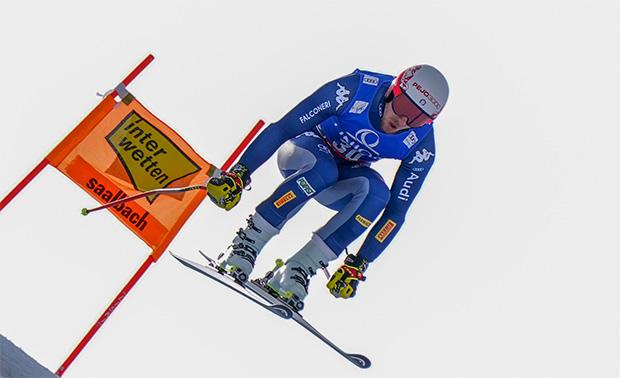 """Mattia Casse: """"Ich glaube nicht, dass die Verletzung durch das Material oder durch die sportliche Vorbereitung entstehen.""""  (Foto: © Archivio FISI / Gio Auletta / Pentaphoto)"""