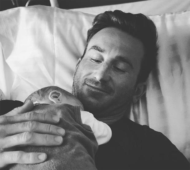 Marc Digruber freut sich über die Geburt von Stammhalter Noah (Foto: Marc Digruber / Facebook)