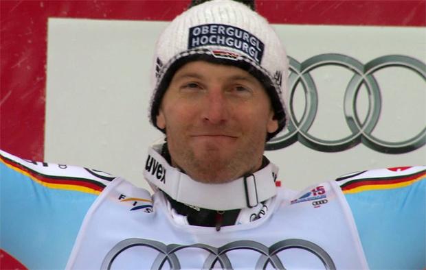 Fritz Dopfer freut sich über die Silbermedaille bei der SKI WM 2015