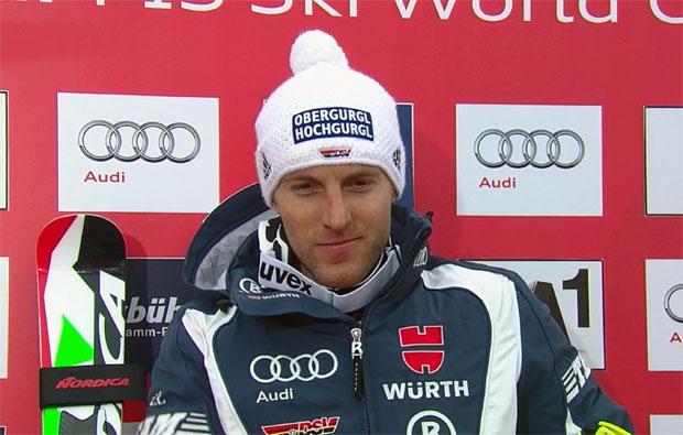 Fritz Dopfer führt nach dem ersten Slalom-Durchgang von Kitzbühel