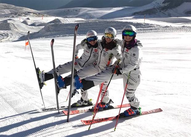 Trotz intensiver Trainingseinheiten, ist die Stimmung im DSV-Damen-Team bestens (Foto: Jürgen Graller)