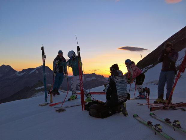 Bereits zur frühen Morgenstunde nutzen die DSV-Damen die guten Bedingungen zum Trainieren. (Foto: Jürgen Graller / privat)