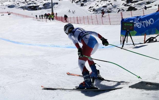 Lindy Etzensperger beim Start zur Junioren-WM-Abfahrt 2019 (Foto: Rieke Giza)