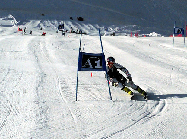 Am Stilfser Joch absolvierten die Nachwuchs-Herren des ÖSV die ersten Schwünge auf Schnee. (Foto: ÖSV)
