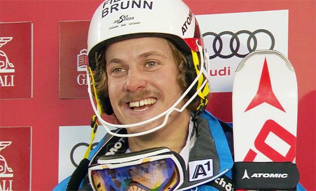 Manuel Feller liegt nach dem ersten Slalomdurchgang in Zagreb/Agram vorne
