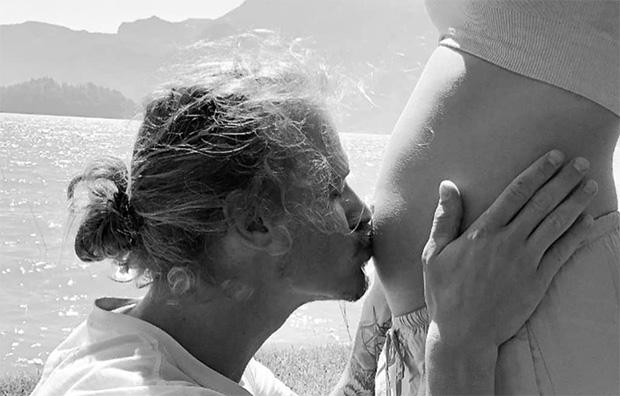 Stolzer Manuel Feller verkündet baldige Vaterschaft (Foto: © Manuel Feller / instagram)