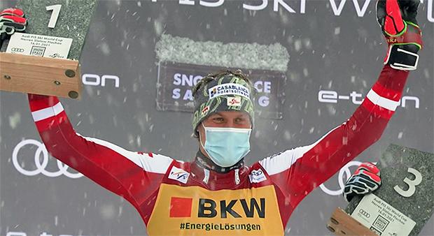 Manuel Feller feiert in Flachau ersten Weltcupsieg