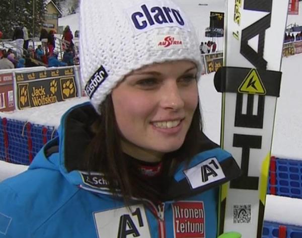 Anna Fenninger liegt am Semmering in Führung