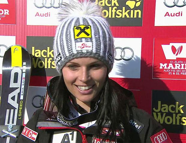 Anna Fenninger führt nach dem ersten Riesenslalom-Durchgang in Maribor