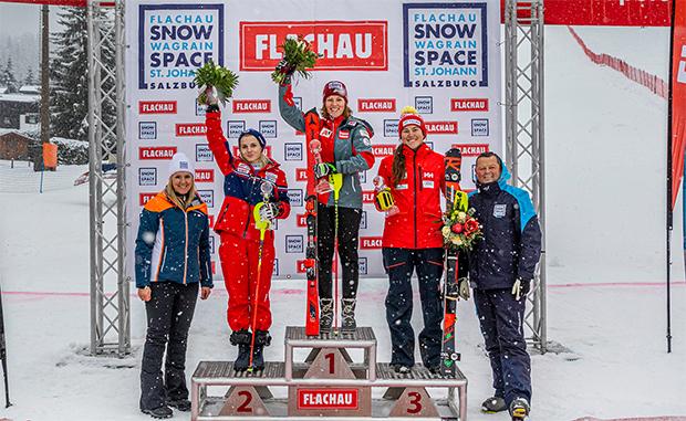 Das Podest vom 22.12.2019: Ekaterina Tkachenko (RUS), Michaela Dygruber (AUT) und Laurence St-Germain (CAN) (Foto: © Christian Fischbacher)