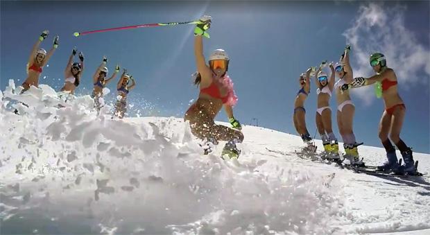 Ein schöner Anblick - Frankreichs Skiladys auf Sponsorenakquise (Foto: Margot Bailet/Screenshot)