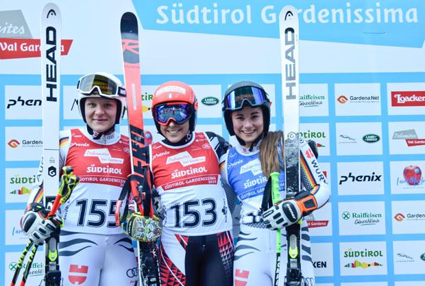 Katrin Hirti-Stanggassinger, Federica Brignone und Martina Willibald (Bild:  Valgardena.it / Diego Moroder)