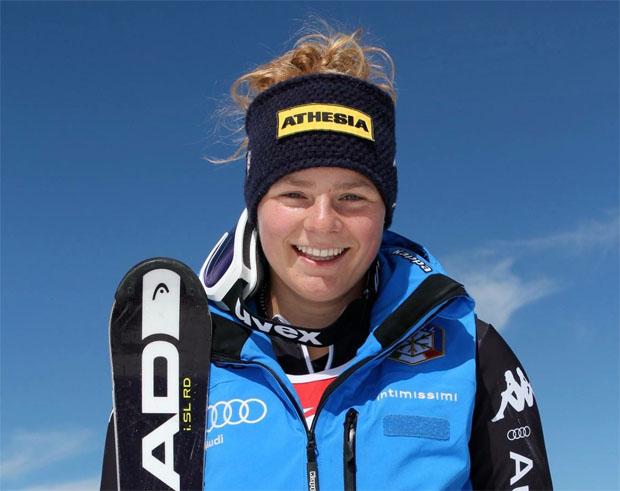 Verena Gasslitter gewinnt EC-Super-G Wertung