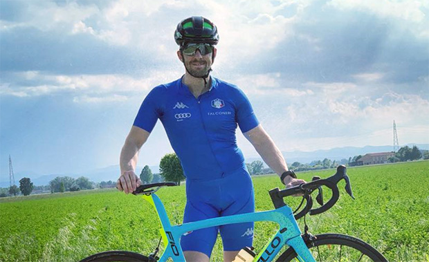"""Stefano Gross: """"Es braucht nicht viel um glücklich zu sein. Erste Outdoor-Tour mit dem Rad, nach meiner Operation. (Foto: © Stefano Gross / Instagram)"""