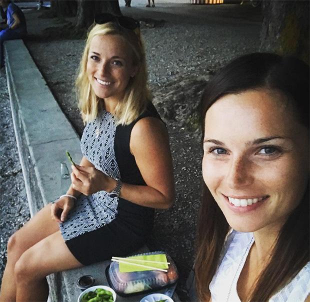 Lara Gut zwischen PS-Geflüster und Entspannung mit Anna Veith (Foto: Lara Gut / instagram)