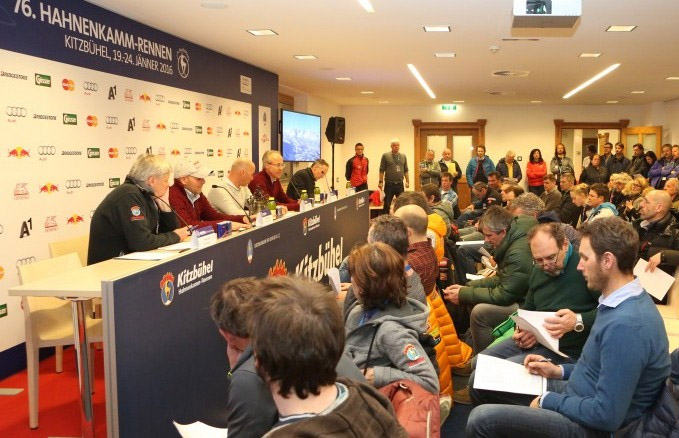 © hahnenkamm.com / Erstes Team Captains Meeting