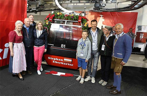 Stephan Eberharter freut sich über seine Gondel .... (Foto: © Hahnenkamm.com)