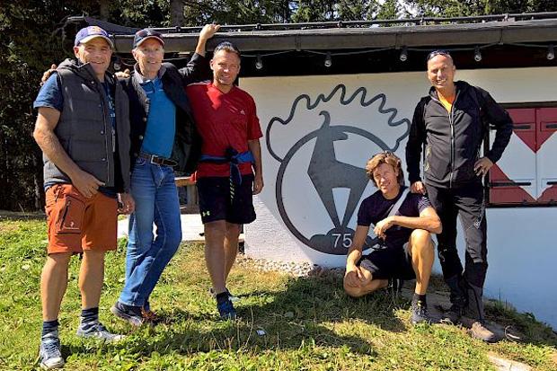 © hahnenkamm.com / Hahnenkamm-News: FIS-Inspektion auf Streif und Ganslern