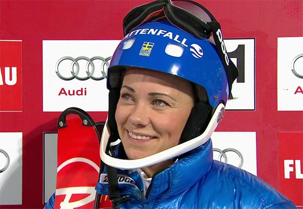 Frida Hansdotter führt nach dem 1. Durchgang beim Flutlicht-Slalom von Flachau