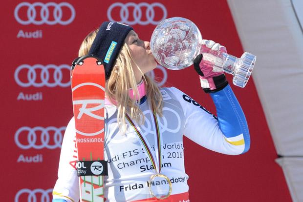 © Ch. Einecke (CEPIX) / Frida Hansdotter krönte die letzte Saison mit der Slalom-Weltcupkugel