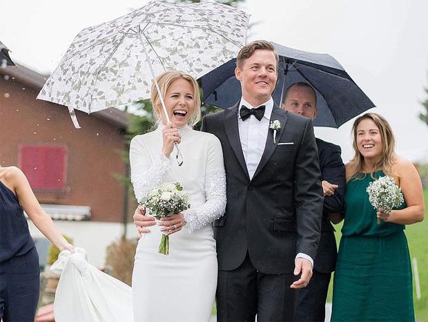 © instagram / Matilda Rapaport und ihr Ehemann Mattias Hargin bei der Hochzeit im April 2016 in Engelberg.