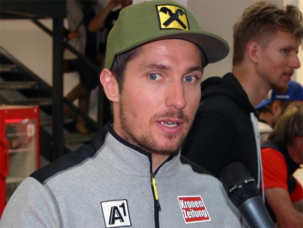 Wärmflasche statt Abfahrtstraining für Marcel Hirscher (Foto: Walter Schmid / Skiweltcup.TV)