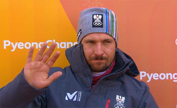 Marcel Hirscher greift nach 1. Olympia Riesenslalom Durchgang nach Gold