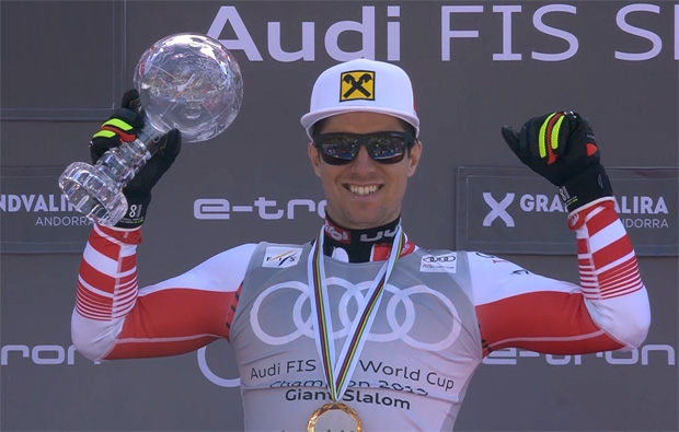 Marcel Hirscher holt sich seine Riesentorlauf-Kugel ab