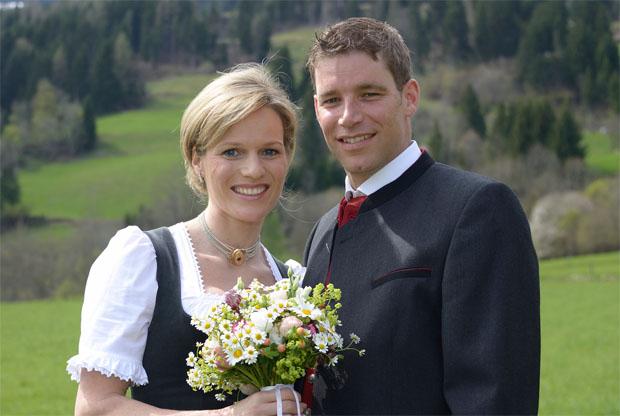 Marlies Schild und Benjamin Raich im Hafen der Ehe