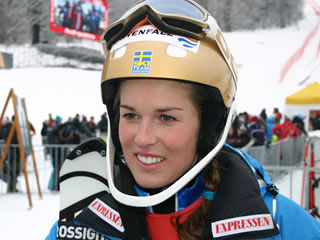 Saisonaus für Maria Pietilä-Holmer - Kreuzbandriss