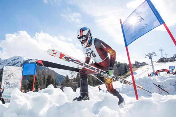 Der deutsche Florian Holzinger erkämpfte mit eisernem Willen den 1. Platz zurück. (Bildnachweis: Patrick Säly)