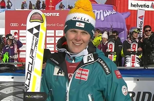 Eine der wahren Siegerinnen an diesem Tag war Nicole Hosp, die zum ersten Mal seit dem 19.12.2010 (3. Platz Superkombination in Val d'Isere) wieder den Sprung auf das Podest schaffte.